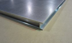 Vacuum table flange allows for simple clamping