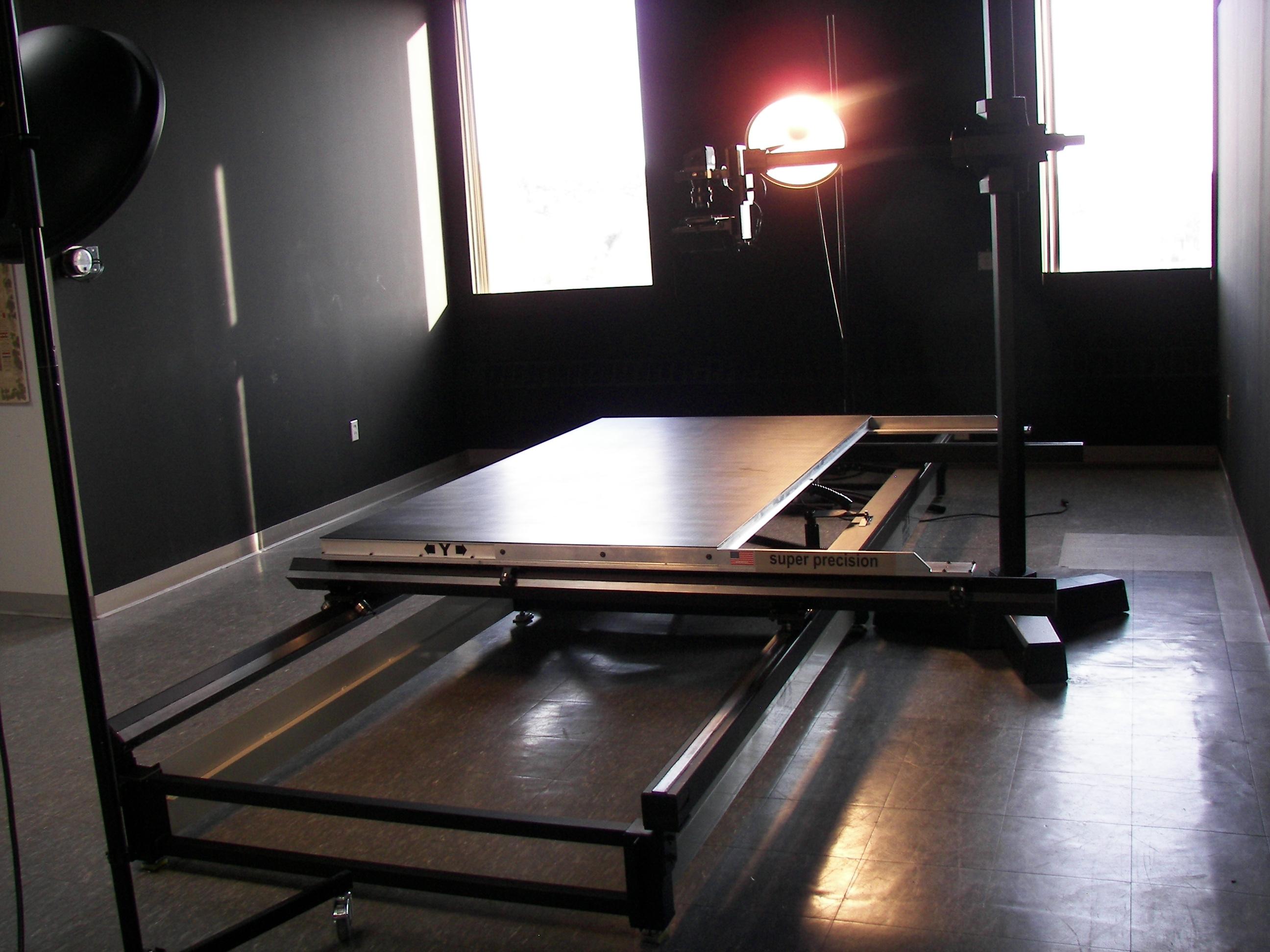 sliding vacuum table, vacuum table, digitization, photo stitching
