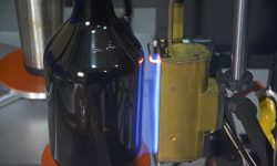 growler, flame treater, flame treatment, glassware, systematic automation